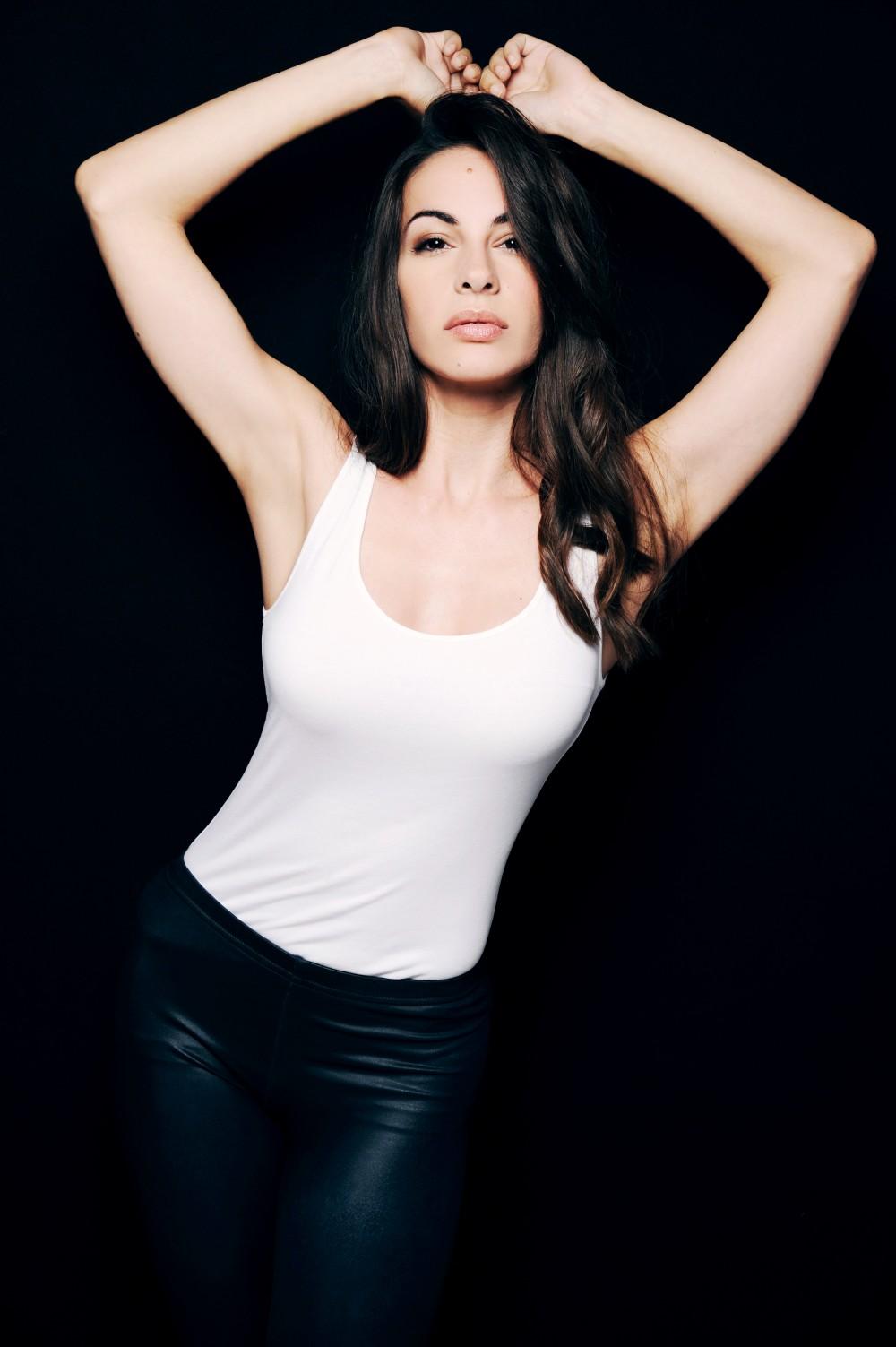 Alexandra Naoum Nude Photos 77